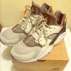 Nike Air Huarache   Men's 11.5 Nike Air Huarache in men's 11.5. Really great condition. Worn few times, but still in really great condition! Ash gray, bamboo and white color with black sole. Super comfy and bought only 3 months ago. Get this deal while it's hot! Really great price! DOES NOT COME WITH ORIGINAL BOX, but will be sent out. bundle with this item and get discounted shipping! Nike Shoes Athletic Shoes
