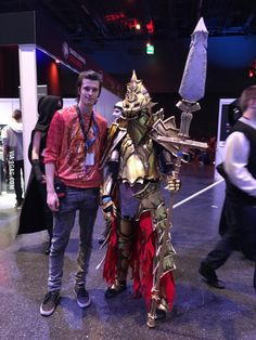 So I've met this girl with a awesome ornstein cosplay