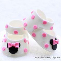 Minnie Mouse Fondant Booties by SweetenedbyKagi on Etsy, $29.95