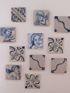 """Azulejos apartment, in Casas do Pátio. Centenary """"azulejos"""" decorating the main living room wall"""