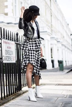 UK Fashion and Beauty blog curated by a 20 year old uni student...
