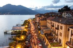 23, 24 e 30 Giugno Sagra di Bellagio - Fiaccolata sul Lungolago - Torchlight on the lake shore