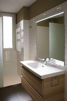 #Baño #moderno #decoracion via @planreforma #accesorios #sanitarios #espejos #griferia #baldosas