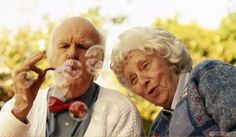 He lost the love of his life through divorce, he wished he could have done these things to save his marriage. Old Couple In Love, Old Love, Perfect Couple, Cute Old Couples, Couples In Love, Elderly Couples, Happy Couples, Happy Marriage, Marriage Advice