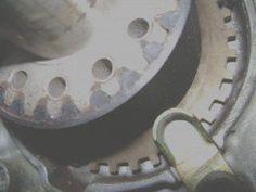 Cc if out of alignment rotate engine using crankshaft pulley bolt stretch the right side of the new belt onto the crankshaft pulley leaving no slack between the crankshaft and right camshaft hold it there with one hand fandeluxe Images