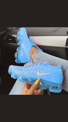 25 Best Tennis Shoes Under 5 Dollars For Women Tennis Shoe Organizer For Men Sneakers Fashion Outfits, Fashion Shoes, Fashion Jewelry, Cute Sneakers, Sneakers Nike, Girls Sneakers, Crazy Shoes, Me Too Shoes, Shoes Pic
