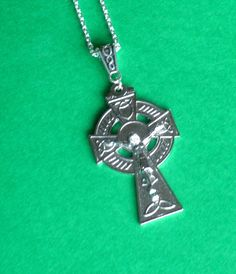 catholic crucifix religious gift silvertone jesus christ on the cross celtic scroll on reverse and all on matching celtic bail and chain