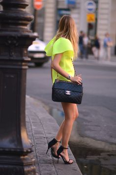 OBSESSED with the shoes and the bag!!!!!!!! <3 the style of the dress
