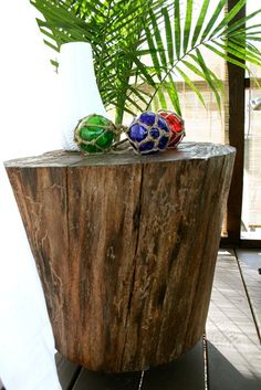 Tree Stump Side Tables, love this for an outdoor seating area or log cabin