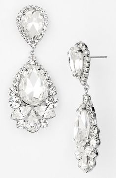 Gorgeous sparkle drops. http://www.theperfectpaletteshop.com/#!bridal-jewelry/crma
