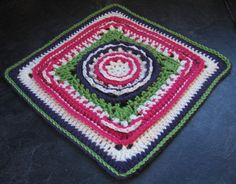 Make this pretty afghan block with Lion Brand Vanna's Choice! Get the free crochet pattern by Margaret MacInnis.