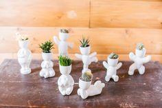Экочеловек – это оригинальный набор для выращивания хорошего настроения: керамическая фигурка, семена газонной травки, грунт и море позитива   #ecocheloveki #экочеловеки #керамика #кашпо #набор_для_выращивания #позитив #ceramics #plants #Pots #vase #ecomen