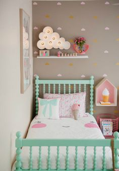 Little Girl Bedroom Decor. 20 Little Girl Bedroom Decor. Girls Room Inspiration with Images Deco Kids, Vintage Interiors, Little Girl Rooms, Kid Spaces, Small Spaces, Baby Room, Bedroom Decor, Bedroom Furniture, Bedroom Themes