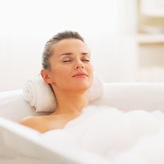 Here is a  Simple Way to Take a Detox Bath