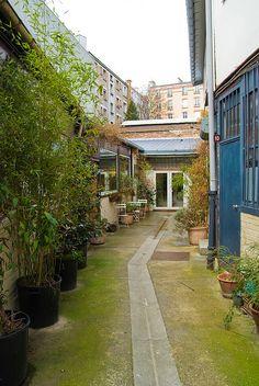 145 rue de Belleville  75019 Paris    Métro : Jourdain