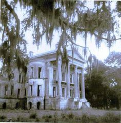 Belle Grove Plantation - Louisiana in the 1920's - the Mighty Mississippi River swept it away