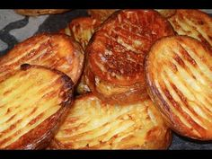 Pommes de terre croustillantes au four - Recette #113 - YouTube Roasted Potatoes, Tasty Dishes, Bon Appetit, Baked Potato, Cabbage, Recipies, Cooking Recipes, Vegetables, Breakfast