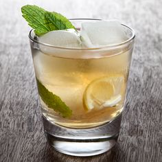 Bulleit Rye Smash Cocktail Recipe |     2 to 3 Fresh mint leaves      2 Lemon wedges      .75 oz Stirrings Simple Syrup      1 oz Water      1.5 oz Bulleit Rye Whiskey