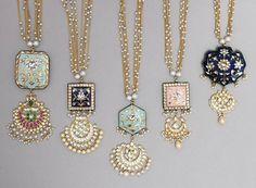 Gold Jewelry Shop Near Me Refferal: 5714747137 Indian Jewelry Sets, Royal Jewelry, India Jewelry, Jewelry Shop, Silver Jewelry, Jewelry Design, Fancy Jewellery, Beaded Jewellery, Tiffany Jewelry