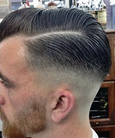 The Retro Fade - the haircut both my grandfathers and great-grandfathers wore year in and year out Mens Modern Hairstyles, Mens Hairstyles With Beard, Slick Hairstyles, Retro Hairstyles, Hair And Beard Styles, Hair Styles, Hair Trends 2015, Mens Hair Trends, Cool Haircuts
