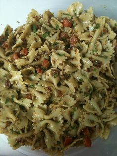 The Motherhood Chronicles: La Madeleine's Bowtie Pasta Salad // La Madeleine made pretty much the only pasta salad I've ever liked -- so glad to find this recipe.