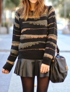Coozy and comfy sweater with mini skirt and shoulder bag