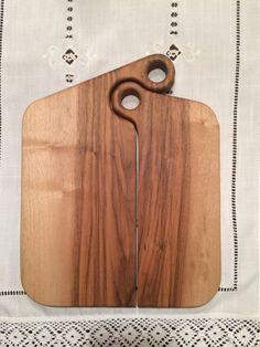 Simple & Easy Models Most Popular Of DIY Wood Crafts 3 - Galoresolution Inc Diy Cutting Board, Wood Cutting Boards, Wooden Projects, Wood Crafts, Easy Woodworking Projects, Popular Woodworking, Japanese Woodworking, Woodworking Classes, Woodworking Techniques