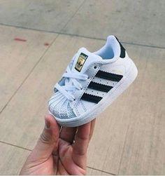 official photos 00b00 02b66 chaussures pour bébé Chaussure Bebe Garcon, Chaussure Enfant, Nike Bébé,  Enfants Adidas,