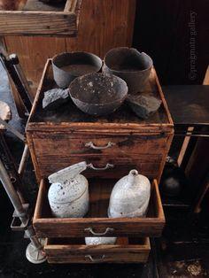 """Pirates of the Hatchobori "" From top: Ceramics by Kazunori Ohnaka, fern fossils, ceramic bottles Jane Wheeler.   「パイレーツ・オブ・ハッチョウボリ」 上から: 花期 大中和典、羊歯の化石、陶器ボトル ジェーン・ウィラー。 本日も12時から19時まで営業しております。ご来店、お待ちしております。"