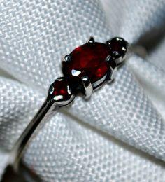 Vintage Garnet Sterling silver ring size 7 by serendipitytreasure, $32.00