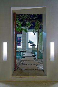 CHANDRA BALI VILLA - super trendy designer Villa in Seminyak/ Bali