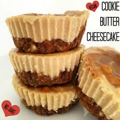 Vegan Speculoos Cookie Butter Mini Cheesecakes | The Friendly Fig