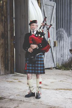 We found the one bagpiper in all of northern Michigan, it seems. Auld Lang Syne, anyone?