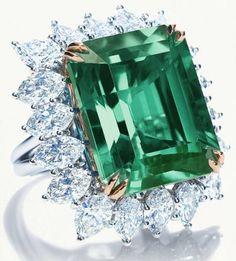 ¡¡Que no cunda el pánico!! En este post os voy a mostrar el top ten de las piedras preciosas más raras y caras del planeta, ¿sabes cuales son? Todos creemos que el precio elevado de las piedras pre...