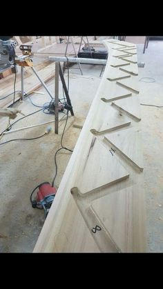 Stair Banister, Banisters, Stairs, Staircase Design, Staircases, Bathroom Storage, Wood Working, Ladder, Bathrooms