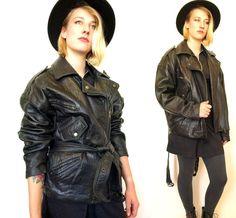Vintage 80s 90s black leather fashion biker women's jacket size M or L - http://www.gezn.com/vintage-80s-90s-black-leather-fashion-biker-womens-jacket-size-m-or-l.html