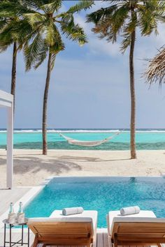 #Malediven #Maldives #Flitterwochen #Honeymoon #Schnorcheln #Tauchen #Meer #Strand #Luxus #Inseln #Hochzeit #Palmen #Unterwasser A Touch Of Zen, Hotels, Maldives, Summer Beach, Serenity, Berlin, Hawaii, Ocean, In This Moment