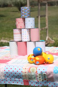 of You'll need 10 cans total. Set them up in a pyramid shape and provide some balls for the kids to throw at the cans. I would suggest having some kind of backdrop behind the game to stop any crazy thrown balls. Diy Birthday Party Games, Carnival Party Games, Frozen Party Games, Slumber Party Games, Carnival Birthday Parties, Carnival Themes, Christmas Party Games, Festa Monster High, Monster High Birthday