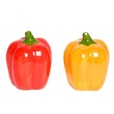 Core Kitchen Bell Pepper Salt & Pepper Shaker Set Multi - The Core Kitchen Bell Pepper Salt & Pepper Shaker Set is a must-have for the eclectic kitchen. Features a fun, kitschy bell pepper design and comes in an acetate box - perfect for gift giving. No Salt Recipes, Gourmet Recipes, Eclectic Kitchen, Kitchen Decor, Kitchen Dishes, Kitchen Gadgets, Kitchen Ideas, Mexican Kitchens, Salt And Pepper Set