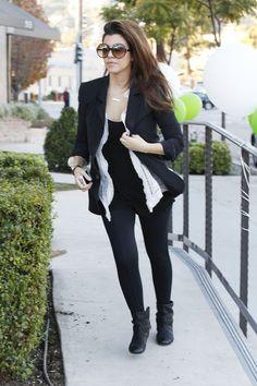 Kourtney Kardashian Leggings - Kourtney Kardashian Looks - StyleBistro
