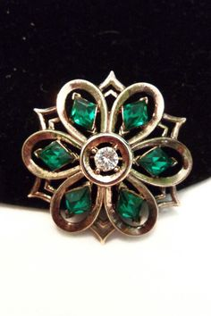 TRIFARI Green Jewelry Brooch Queen of Diamonds by AnnesGlitterBug
