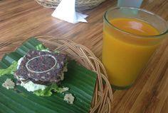 Raw vegan BLT sandwiches + Jamu drink