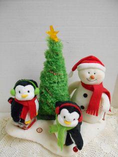Animated HALLMARK Jingle Pals Penquins Tree Snowman Christmas Holiday  Motion