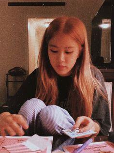 Kpop Girl Groups, Korean Girl Groups, Kpop Girls, Lisa, K Pop, Ulzzang, Rose And Rosie, Rose Icon, Rose Park
