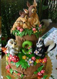 #bambi #cake #amazing Gorgeous Cakes, Pretty Cakes, Amazing Cakes, Crazy Cakes, Unique Cakes, Creative Cakes, Fondant Cakes, Cupcake Cakes, Woodland Cake