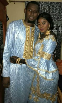Uniforme bleu clair/doré African Fashion Designers, Latest African Fashion Dresses, African Print Fashion, Africa Fashion, Couples African Outfits, African Attire, African Wear, African Women, African Bridesmaid Dresses