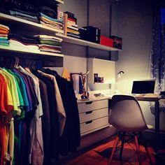 Desk / clothing