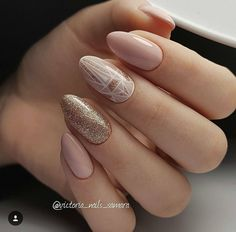 Nail art Christmas - the festive spirit on the nails. Over 70 creative ideas and tutorials - My Nails Spring Nail Art, Spring Nails, Nude Nails, Manicure And Pedicure, Hair And Nails, My Nails, Nagellack Design, Nagel Gel, Wedding Nails