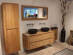 Voor een natuurlijke uitstraling: Teakhouten badkamermeubels met natuursteen. Ruime keuze en vele uitvoeringen. #BadkamerExclusief.nl, #someren, #JeButrading, #teakhoutenbadmeubel,  #natuursteenwasbak, #uniekebadkamer, #apartebadkamer, #houtenbadmeubel.