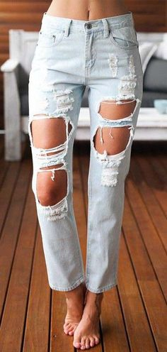 Women Jeans Outfit Latest Jeans Mens Camo Cargo Pants Jamawar Trouser Kids Fashion Dress Cheap Plus Size Clothing Uk Jeans And Heels Outfit – yuccarlily Light Blue Ripped Jeans, Torn Jeans, Faded Jeans, Diy Jeans, Outfit Jeans, Como Romper Jeans, Jeans Pant For Girl, Jeans Pants, Plus Size Clothing Uk